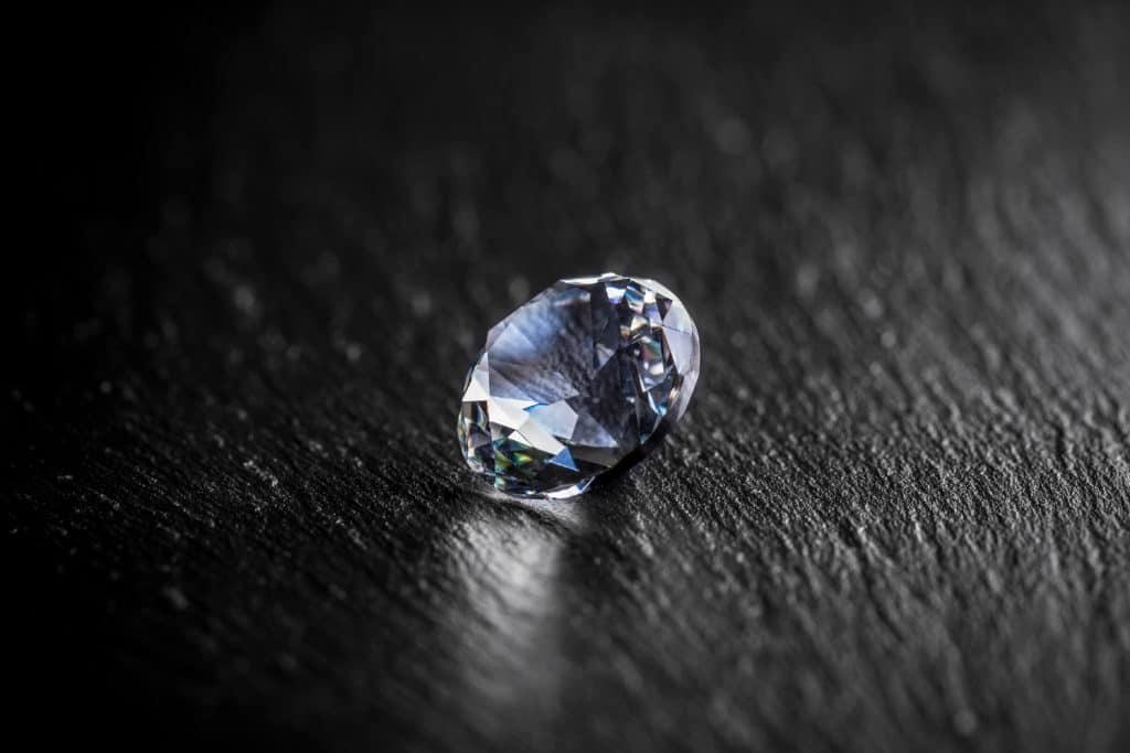 Ein Foto mit einem Diamanten-Schmuck Juwelier Gold & Diamonds