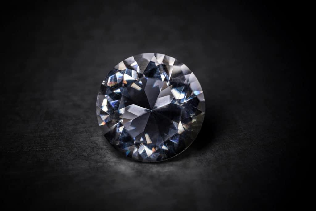 Ein Diamand fein geschliffen beim Schmuck Juwelier Gold & Diamonds