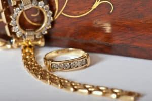 Foto von einer Gold Armband
