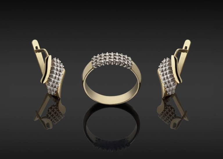 Foto eleganter Gold Ring